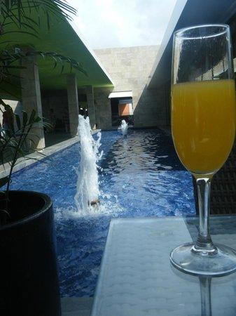 Hotel Barcelo Maya Beach: breakfast view