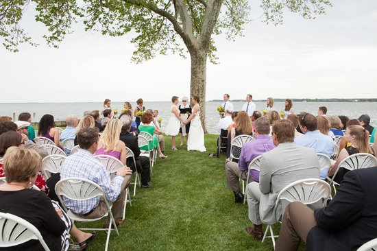 Sandaway Suites & Beach: Wedding - photo credit Kate Fine Art Photography