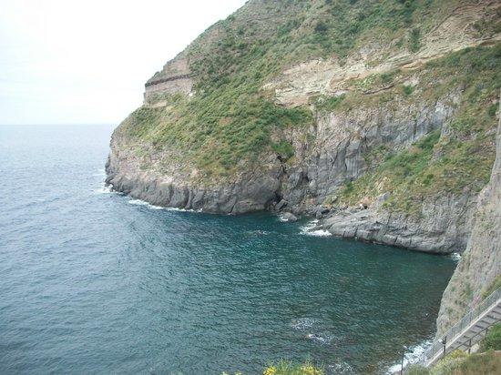 Baia di Sorgeto: vista panoramica