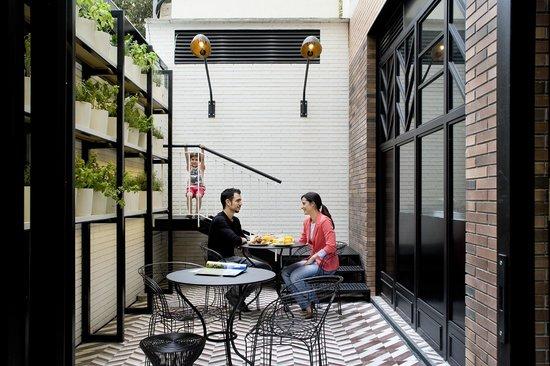 hotel praktik bakery 125 1 3 5 updated 2018 prices reviews barcelona catalonia. Black Bedroom Furniture Sets. Home Design Ideas