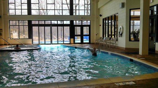 Stonewall Resort: View of Indoor/Outdoor Pool & View of Indoor/Outdoor Pool - Picture of Stonewall Resort Roanoke ...