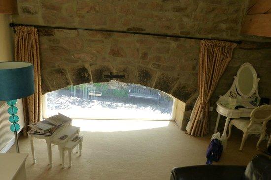Blakey Hall Farm: View from room through coverte barn door