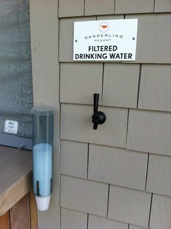 Sanderling Resort: Filtered water station