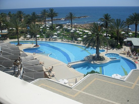 Constantinou Bros Athena Beach Hotel: View from our superior room 4th floor