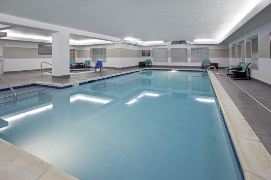 Residence Inn Fort Wayne: Indoor Pool