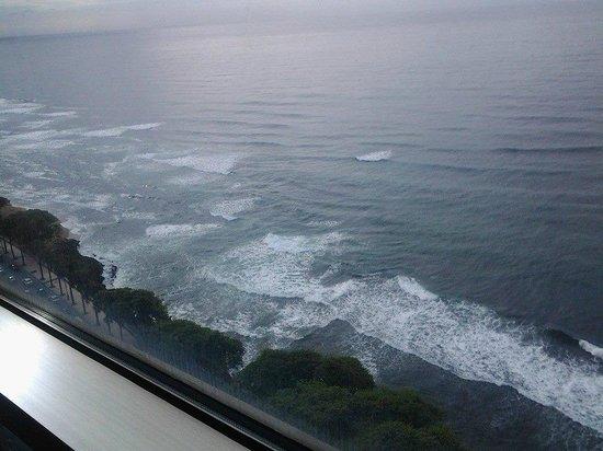 Catalonia Santo Domingo: Shoreline view
