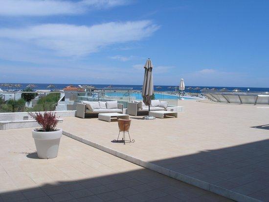 Eden Roc Resort Hotel & Bungalows: Pool area