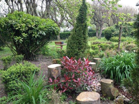 Le Manoir : Jardin