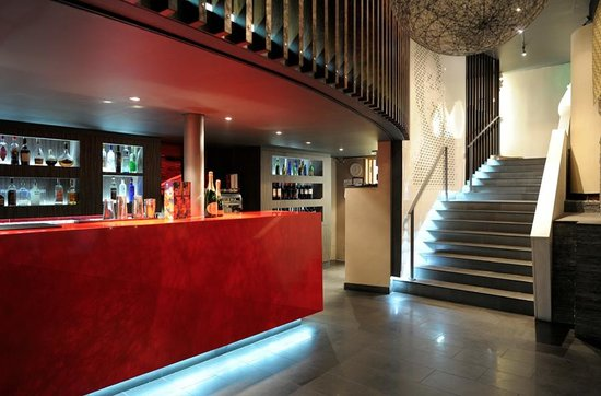 Benihana : The main stairs taking guests down to our Bar and Lounge area