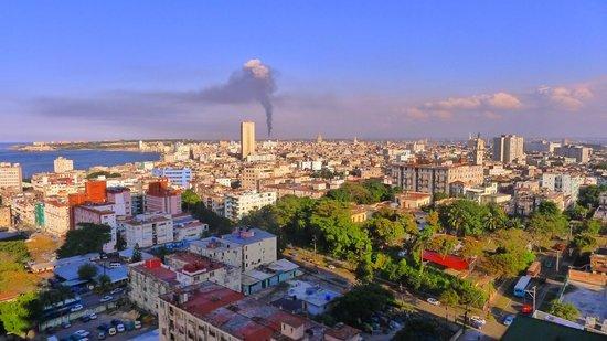 NH Capri La Habana: Havana
