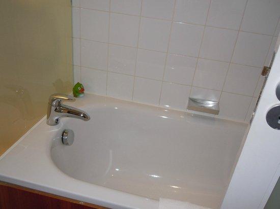 Apex City of Edinburgh Hotel: Bath