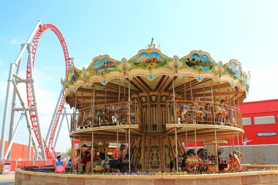 how to go to vialand istanbul