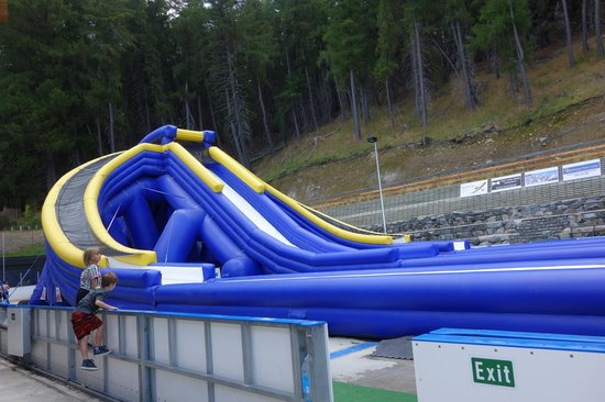 Tekapo Springs : The big waterslide