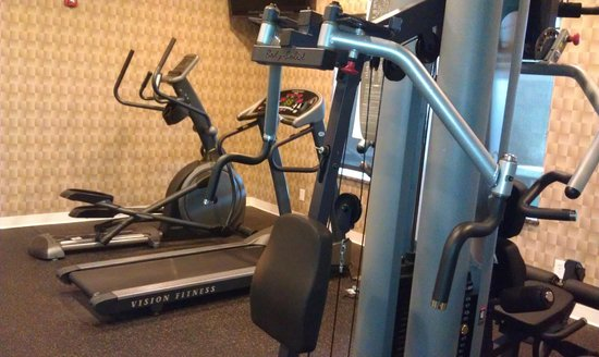 BEST WESTERN PLUS Atrea Hotel & Suites: Gym