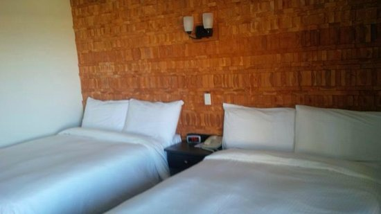 Kingfisher Oceanside Resort and Spa : Amazing detailed wood walls ...
