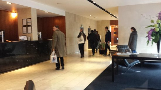 Apex City of Edinburgh Hotel: Reception