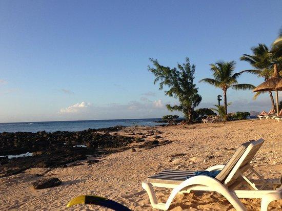 Canonnier Beachcomber Golf Resort & Spa: una delle spiaggie al tramonto