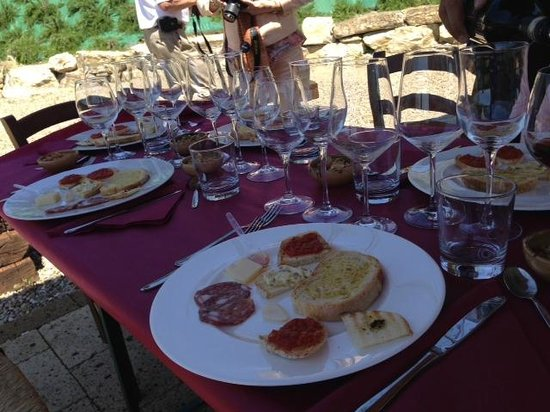 Sant'Agnese Farm : Luncheon setup for wine tasting and appetizers