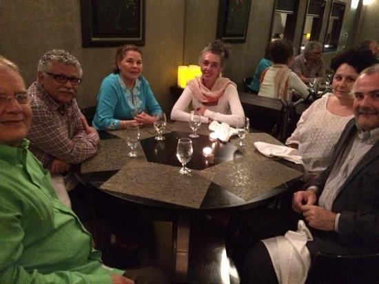 Aioli : cena con Secretario General de ACS/AEC, Embajador de Mexico y de El Salvador con sus esposas