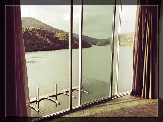 Rio Douro Hotel & Spa: chambre avec vue sur le douro