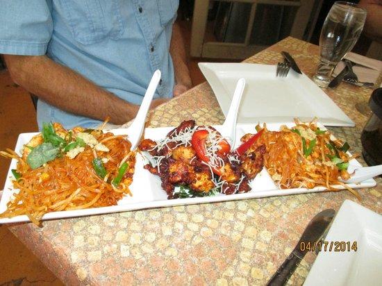 Malee's Thai Bistro : One sampler plate