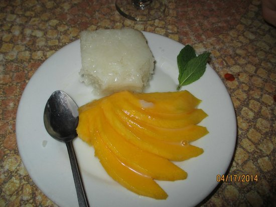 Malee's Thai Bistro : Mango Sticky Rice!