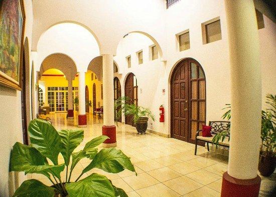 Hotel Executive Managua: Corredor