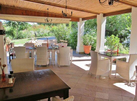 Sanbona Wildlife Reserve : Dining veranda