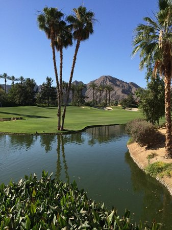 Hyatt Regency Indian Wells Resort & Spa: Golf course from conference center