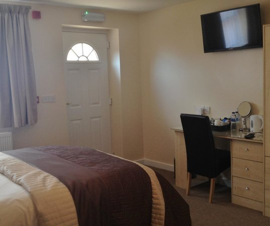 Newent Golf Club and Lodges : New Classic Room