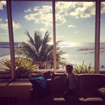 Guam Reef & Olive Spa Resort: Лобби