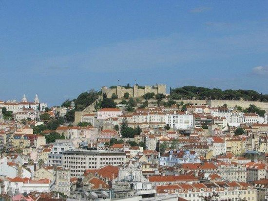 Miradouro São Pedro de Alcântara : View across city