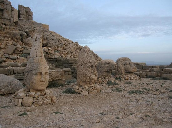 Mount Nemrut: heads on the east summit