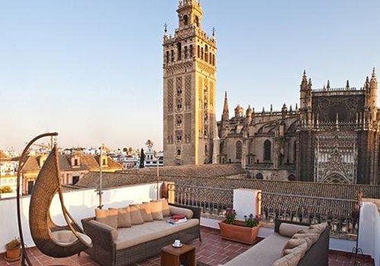 Apartamentos puerta catedral seville spain apartment for Appart hotel seville