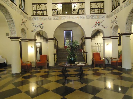 1929 Hotel Seville: Lobby