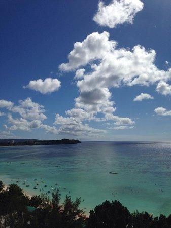 Guam Reef & Olive Spa Resort: вид с балкона