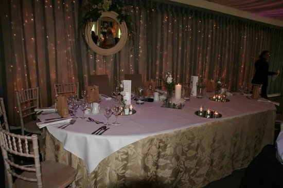 Coolbawn Quay Club, Marina & Spa: Top Table