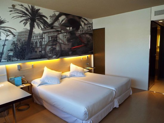 Barcelo Malaga: Room