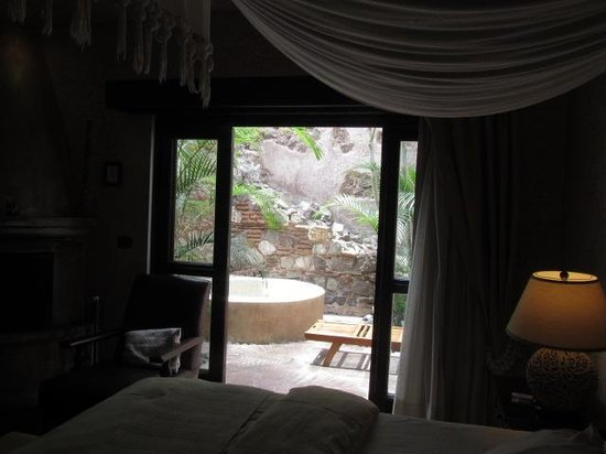 El Convento Boutique Hotel : private suite garden