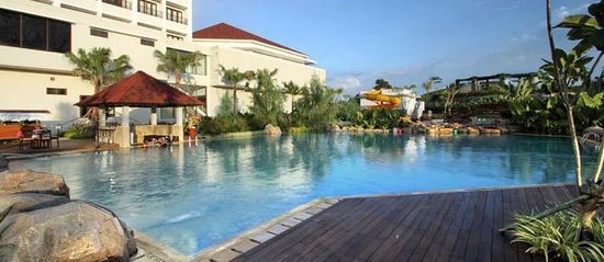 Sutanraja Resort & Convention Center: nice