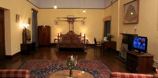Balrampur House Heritage Hotel - Rooms