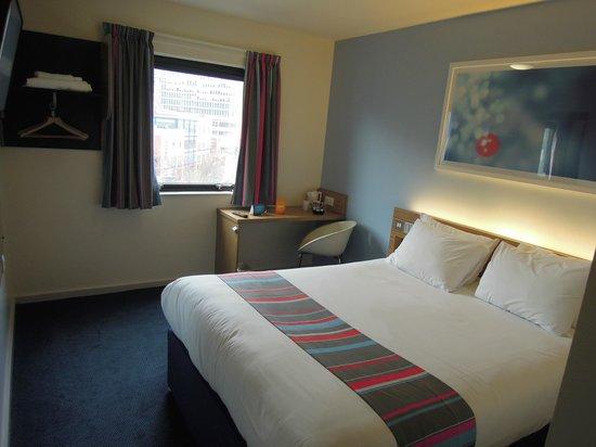 Travelodge Birmingham Central Moor Street: Zimmer 608