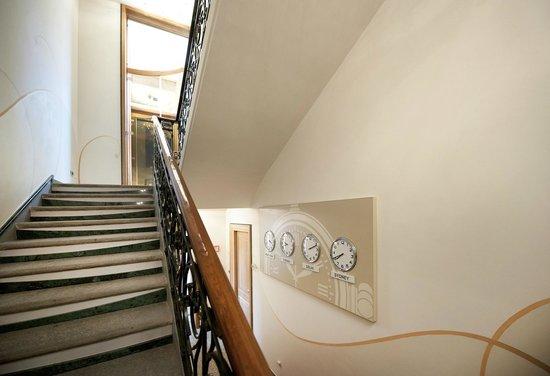 Hotel Residence L'Orologio : Interno