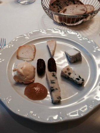 Restaurant Warteck: cheese plate