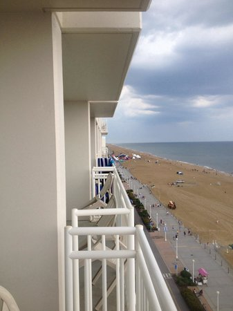 Courtyard Virginia Beach Oceanfront/South: What a View