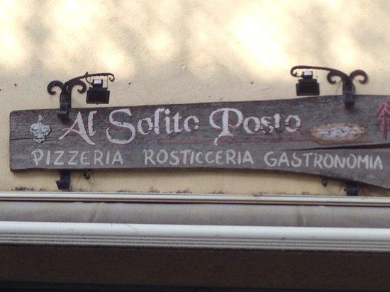 Al Solito Posto : Rustic signs hides classic, deep, elegant neighborhood restaurant featuring Naples style pasta a