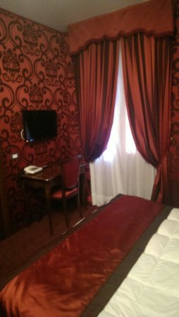 Hotel Belle Arti: Red room