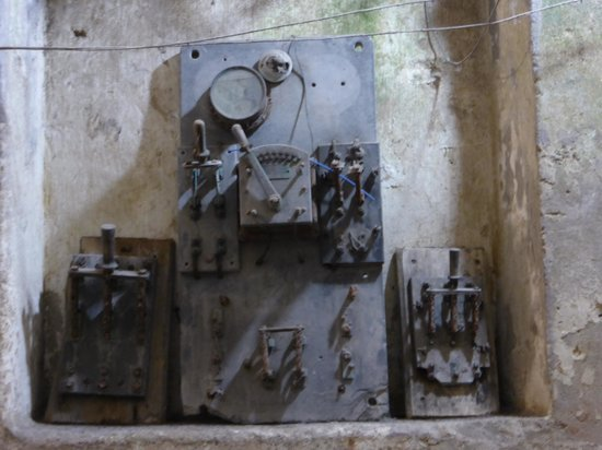 Museo della Carta : Old electrical equipment