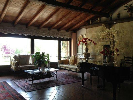 Villa dei Papiri : sala colazione