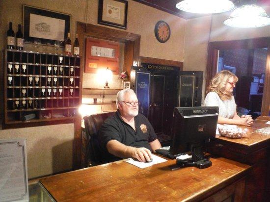 Copper Queen Hotel: Front Desk
